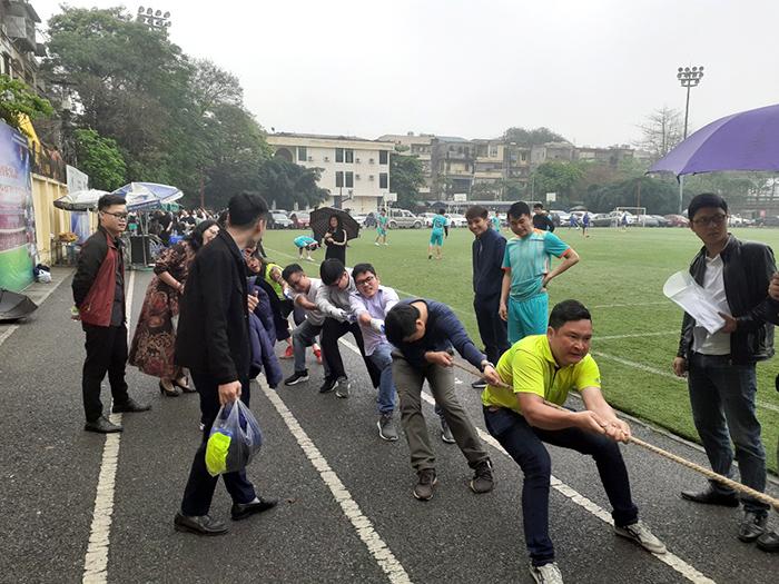 Viện Bơm và Thiết bị Thủy lợi giành giải Nhì kéo co tại Giải thể thao truyền thống Viện Khoa học Thủy lợi Việt Nam
